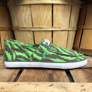 NEW Sanuk Two Eye Canvas Shoes
